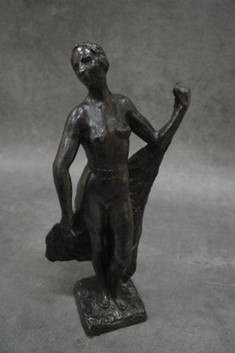 Statuette. RAYMOND-JACQUES SABOURAUD